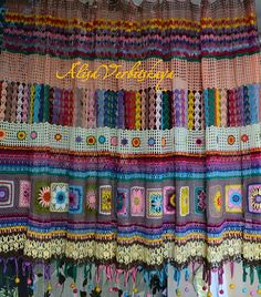 Irish crochet curtains. Diagram only .