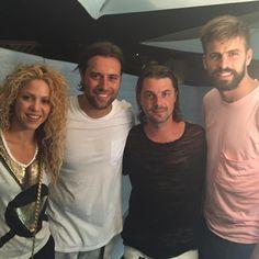 Shakira e Piqué Curtem Festival de Música Eletrônica em Barcelona