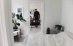 The White Room: Sissel & Matt's Vanløse Apartment