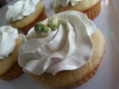 Wasabi Cupcake -Vanilla filled vanilla cake topped with a Japanese Wasabi infused buttercream and finished with wasabi peas! Wasabi Peas, Gourmet Cupcakes, Cake Toppings, Vanilla Cake, Pork, Japanese, Cookies, Sweet, Desserts