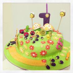 Insect World Cake Product Catalogue, Birthday Cake, Desserts, Food, Tailgate Desserts, Birthday Cakes, Meal, Dessert, Eten