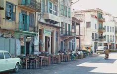 Πώς ήταν τα Χανιά τη δεκαετία του 1960! | Tree Identification, Crete Island, Athens Greece, Places To Go, Beautiful Places, Greek, Street View, Sky, Memories