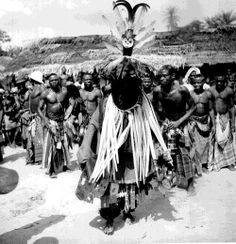 An Ekpafia-Igbo (southern Igbo) masquerade named Osu taking part in a festival known as Ogbukele, taken by G. I. Jones in the 1930s.