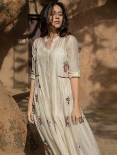 Buy Ivory Hand Block Printed Chanderi Silk Dress with Cotton Dobby Slip online a. Linda Hallberg, Street Style Outfits, Fashion Outfits, Fashion Hacks, Silk Shirt Dress, Silk Skirt, Expensive Dresses, Black Dress Outfits, Salwar Designs