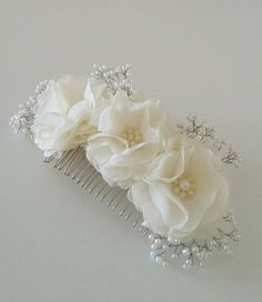 Ivory flower hair comb Bridal hair accessory Wedding by InColours Diy Lace Ribbon Flowers, Ribbon Hair Bows, Bridal Flowers, Flowers In Hair, Flower Hair, Bridal Comb, Headpiece Wedding, Bridal Headpieces, Flower Girl Wreaths