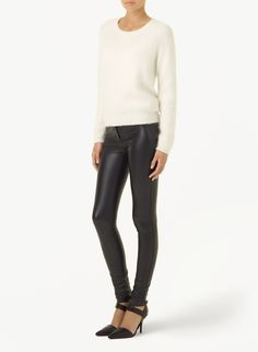 Who wants to take their kids to the park in these SAUVAGE PANTs by Aritzia?
