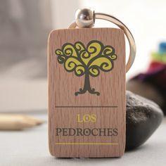 Llavero de madera con logo Los Pedroches a color marcado en digital #ValleDeLosPedroches    http://delospedroches.es/es/de-madera/77-llavero-logo-los-pedroches-color-ll53.html