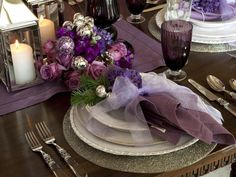 Retro-Inspired Purple and White Christmas Decorations >> http://www.diynetwork.com/decorating/retro-inspired-purple-and-white-christmas-decorations/pictures/index.html?soc=pinterest