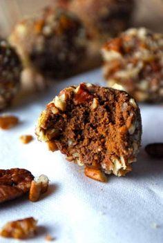 Clean Eating Pumpkin Spice Pecan Truffles