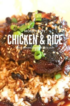 This One Pot Honey & Soy Chicken and Rice is the perfect dinner for the busiest of weeks #onepot #dinner #chicken #rice #honey #soy #recipe #sparklesnsprouts