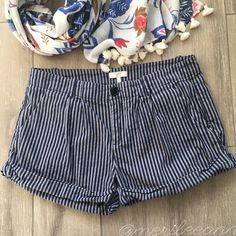 """Joie Stripe Short Shorts 2.5"""" Stay comfy and chic in these designer short shorts. So cute with tights and ankle boots! Made by high quality artisans at Joie. Cotton. 15"""" waist back. 8"""" rise. 2.5"""" inseam. Gently loved. No flaws apart from a wrinkle or two :) 🌟Bundle with other items in your size for best pricing. Items are spread throughout my closet. 🌟 Thanks for looking! 7.30.26 Joie Shorts"""