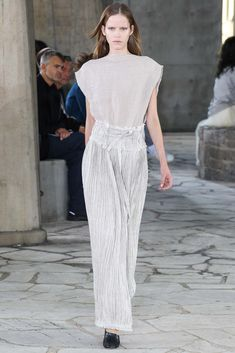 Loewe Spring 2015 Ready-to-Wear Fashion Show - Alexandra Hochgurtel (Elite)