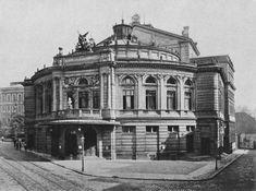 Raimundtheater (1) | vienna-timeline.com Vienna Austria, Timeline, Photographs, Louvre, Black And White, Building, Travel, Vienna, Remember This