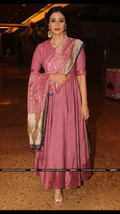 Actress Tabu looked graceful in pink matka anarkali designed by Gaurang Shah. Indian Gowns, Indian Attire, Pakistani Dresses, Indian Wear, Salwar Designs, Kurti Designs Party Wear, Blouse Designs, Dress Designs, Ethnic Outfits