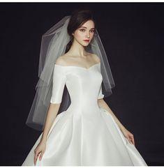 – Engagement and Hochzeitskleid Hochzeitskleid Classic and so wonderful. – Engagement and Hochzeitskleid 2019 Classic Wedding Dress, Dream Wedding Dresses, Bridal Dresses, Gown Wedding, Trendy Wedding, Wedding Styles, Wedding Simple, Wedding Ideas, Elegant Wedding