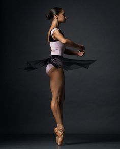 ideas photography dance ballet misty copeland for 2019 Misty Copeland, American Ballet Theatre, Ballet Theater, Black Dancers, Ballet Dancers, Ballerinas, Dancers Feet, Bolshoi Ballet, Ballet Beautiful