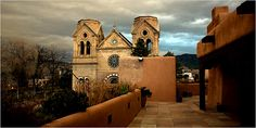 Frugal Traveler - Santa Fe, N.M. - Treating Mom to Art, Opera and Lots of Chiles - Travel - NYTimes.com