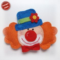 clown Carnival Themes, Circus Theme, Hobbies And Crafts, Crafts For Kids, Felt Crafts Dolls, Felt Magnet, Felt Roses, Felt Fairy, Felt Christmas Ornaments