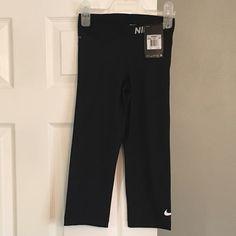 NWT Nike capris Brand new with tags. Black Nike pro capris. Size XS Nike Pants Leggings