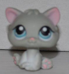 Kitten #198 (Grey, Blue Eyes) - Littlest Pet Shop (Retire... http://www.amazon.com/dp/B0108ZOWQO/ref=cm_sw_r_pi_dp_aomhxb10V5H9Z
