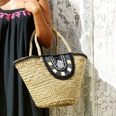 New Pipa Straw beach bag featured with beads, cotton tassels and crochet...We Love It 💙💙