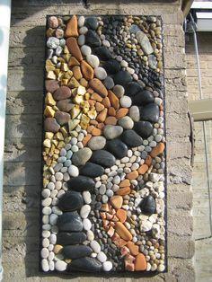gevonden stenen gemaakt door Ina Hols