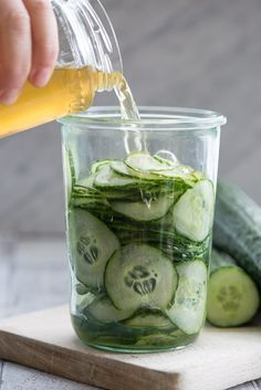 Old-fashioned cucumber salad - easy and delicious Gourmet Recipes, Cooking Recipes, Healthy Recipes, Long Term Food Storage, Danish Food, Danishes, Eat Smart, Fruit And Veg, Kimchi
