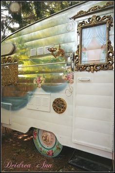 ❥ Painted vintage Shasta~ how cool is this