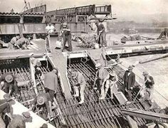 Sydney Harbour Bridge construction workers, 22nd June, 1928. 16 workers were killed on the job or died later as a result of their injuries #sydney #history #sydneyharbourbridge http://fat.ly/2675y (Instagram Image from @beliefmedia, 20th March 2017 8:25am