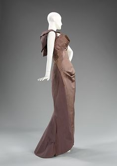 """Evening dress, 1960, variation on """"Diamond"""" Charles James (American, born Great Britain, 1906–1978) Date: ca. 1960 Culture: American Medium: silk Dimensions: Length at CB: 64 in. (162.6 cm) Credit Line: Brooklyn Museum Costume Collection at The Metropolitan Museum of Art, Gift of the Brooklyn Museum, 2009; Gift of Erik Lee Preminger in memory of his mother, Gypsy Rose Lee, 1993 Accession Number: 2009.300.589"""