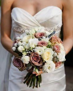 winter bouquet bridal