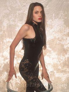 Angelina Jolie Unseen Teen Modeling Photos Www Celebrio In Celebrio Brad Pitt
