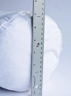 How to Sew a Bedroom Bolster Pillow – on HGTV is creative inspiration for us. Get more photo about diy home decor related with by looking at photos gallery at the bottom of this page. Sewing Basics, Sewing For Beginners, Sewing Hacks, Sewing Crafts, Sewing Projects, Basic Sewing, Sewing Ideas, Diy Pillow Covers, Decorative Pillow Covers