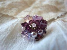 紫のフラワービーズの紫陽花の様なプチブーケヘアピン|ヘアピン|ハンドメイド・手仕事品の販売・購入 Creema(クリーマ)
