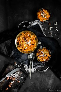 GAJAR KA HALWA (Indian Carrot Pudding) is a rich and creamy traditional North Indian delicacy. Gajar ka Halwa ia an absolutely delicious dessert. Indian Desserts, Indian Sweets, Indian Food Recipes, Carrot Pudding, Gajar Ka Halwa, Dark Food Photography, Black Food, Pudding Recipes, Dessert Recipes