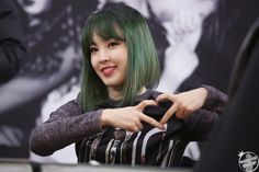 Half Japanese, Kim Hyuna, Green Hair, Kpop Groups, Girl Crushes, Kpop Girls, Girl Group, Hot, Hair Inspiration