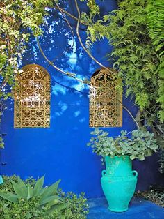 "La villa Majorelle in Marrakech, Morocco ""I smell the garden in your hair. Moroccan Garden, Moroccan Decor, Moroccan Style, Weird And Wonderful, Wonderful Places, Garden Inspiration, Color Inspiration, Garden Ideas, Travel Inspiration"