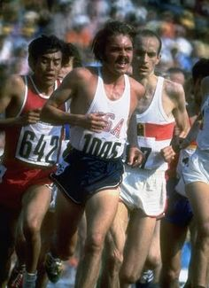 US Track Athlete Steve Prefontaine Running a Race at the Summer Olympics Sports Premium Photographic Print - 46 x 61 cm Summer Olympics Sports, 1972 Olympics, Olympic Sports, Steve Prefontaine, Munich, Play Run, Running Motivation, American, Track
