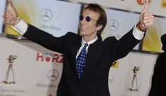 R.I.P. Bee Gee Vocalist Robin Gibb.