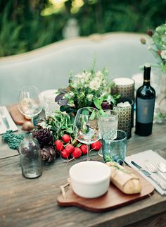 dustjacket attic: Dinner Party Inspiration | The Outdoor Room
