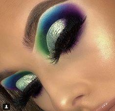 Kiss Looks So Natural Lashes Shy Pack) - Cute Makeup Guide Dramatic Eye Makeup, Colorful Eye Makeup, Beautiful Eye Makeup, Natural Eye Makeup, Eye Makeup Tips, Flawless Makeup, Cute Makeup, Glam Makeup, Makeup Goals