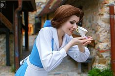 This beautiful Belle from Beauty and the Beast captures the character with the perfect costume. The location is spot on as well. Kudos to cosplayer Ryoko Demon and photographer Kifir.
