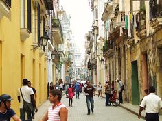 Everyday life in Havana, Cuba