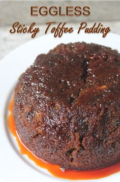 I wanted to bake a sticky date pudding for a long time. Today i found a pack of dates in the back of the fridge which was nearing its ex. Eggless Desserts, Eggless Recipes, Eggless Baking, Pudding Desserts, Pudding Recipes, Vegan Desserts, Dessert Recipes, Eggless Pudding Recipe, Vegan Recipes