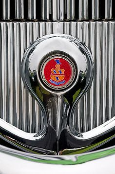 Pierce-Arrow Images by Jill Reger - Images of Pierce-Arrows - 1935 Pierce-arrow 845 Coupe Emblem