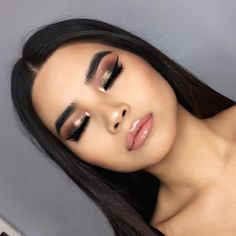 This pose is funny but it's like the only way my shadows will show - Brows x Anastasia Beverlyhills Dipbrow pomade in ebony with clear… Bold Makeup Looks, Love Makeup, Makeup Inspo, Makeup Art, Makeup Inspiration, Beauty Makeup, Flawless Makeup, Skin Makeup, Makeup Goals