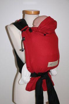 Der Storchenwiege Carrier (Halfbuckle)ist ab Geburt nutzbar bis Größe 80/86.