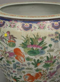 Chinese porcelain fishbowl/planter.  ht. 21 1/2 in.; dia. 24 in.  Estimate: $200 - $400