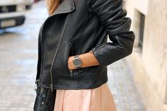 Coohuco con cazadora de piel Senona Shearling de nuestra marca en distribución MbyM España.  #mbym #españa #marcas #coohuco #aw16 #look #cazadora
