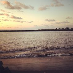 Mauricio Cayeros @mauriciocayeros  @EnDondeCorrer en la playa, que chulada!! http://instagr.am/p/Q0wTjuCz3U/